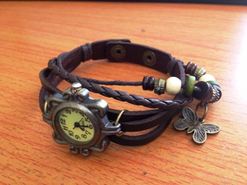 Đồng hồ dây da phong cách cổ điển lạ lẫm cho nữ 2