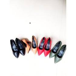 Giày chất liệu tổng hợp cao cấp nk