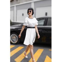 Đầm voan trắng viền đen Calla