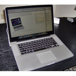 MACBOOK PRO i5 2.1ghz Ram 8G hdd 320G 13in Tuyệt đẹp Laptop bền đẹp nguyên zin mạnh mẽ {Quà Tết Tặng Bình lắc ly cafe}