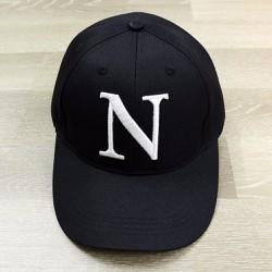 Nón chữ cái N - đen