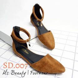 Giày sandal ổ khóa