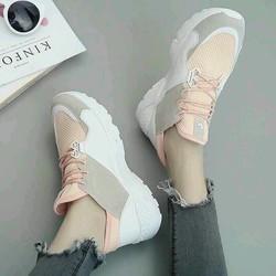 Giày bata thời trang nữ