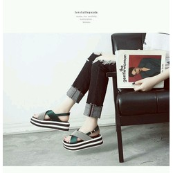 Giày sandal đế bánh mì thời trang