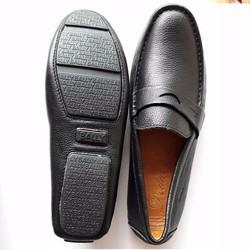 Giày lười màu đen da bò đế cao su