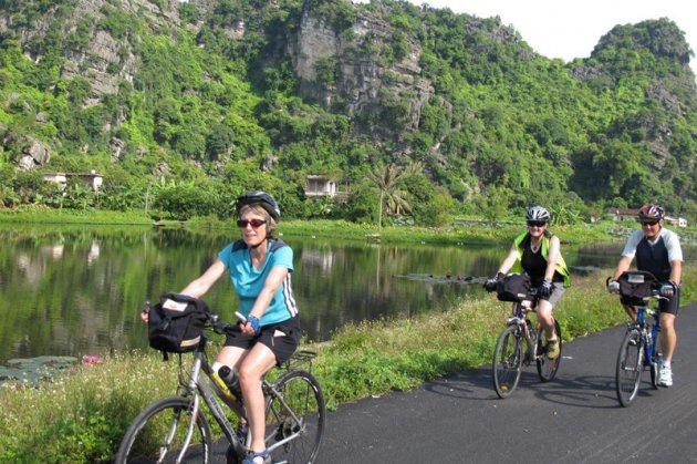 Tour Hoa Lư Tam Cốc 1N cùng Vietbamboo Travel 14