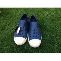 Giày nhựa thời trang Native Jefferson