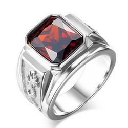 Nhẫn inox khắc rồng cẩn đá đỏ độc đáo