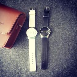 Đồng hồ nữ dây da cá tính