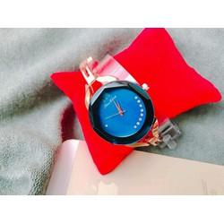 đồng hồ nữ vát cạnh S M tuyệt đẹp