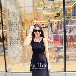 Đầm xòe đen cổ yếm dây DNT203