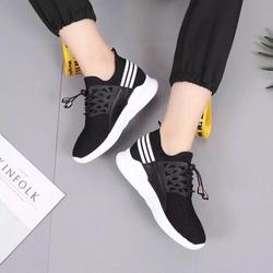 giày thể thao nữ độn đế cực êm