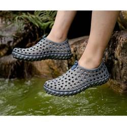 Giày đi mưa đi mùa hè nam nữ cá tinh