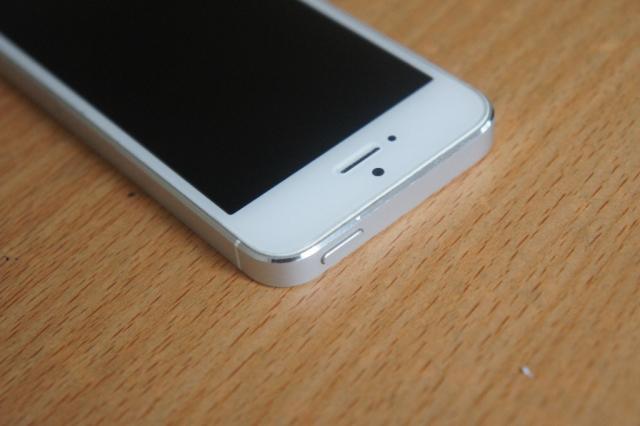 IPhone 5 Lock 16-32Gb Đen Trắng - Xách Tay Nhật 2