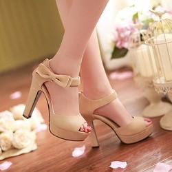 Giày cao gót hở mũi đính nơ xinh xắn