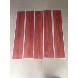 Sàn gỗ giả nhựa