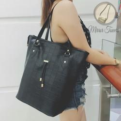 Túi xách nữ màu đen chất da tốt giá cực rẻ lại hợp thời trang