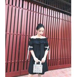 Đầm bẹt vai tay nơ ruy băng