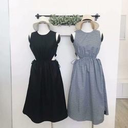 Đầm xòe khoét eo dễ thương