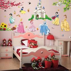 Decal dan tường hình công chúa cho bé yêu