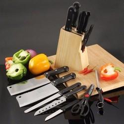 bộ dao kéo 7 món tặng kèm giá gỗ