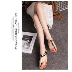 Sandal đế bệt xỏ ngón quai vàng