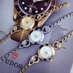 Đồng hồ Nữ mẫu mới cực đẹp