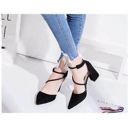 Giày cao gót đế vuông dây xéo mũi nhọn màu đen