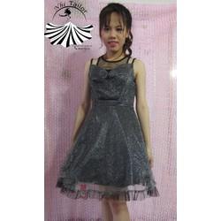 Đầm xòe công chúa cổ yếm