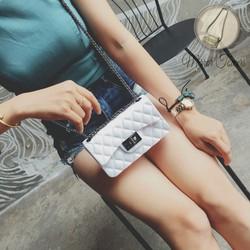 Túi hộp mini màu trắng kết hợp dây xích đeo chéo xinh xắn cute