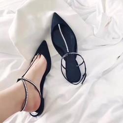 giày mũi nhọn kết hạt đá