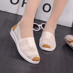 Giày mọi thời trang nữ ren đế mềm - LN1305