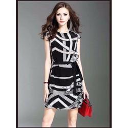 Đầm suông họa tiết 3D mới