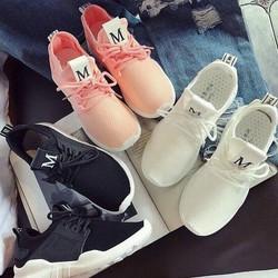 Giày bata hàng nhập M