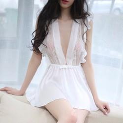 Váy ngủ trắng xẻ ngực nóng bỏng TK817