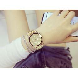 Đồng hồ thời trang nữ kiểu đẹp