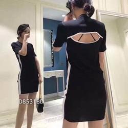 Đầm len viền sọc hở lưng hàng nhập QC