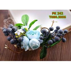 Cài tóc cô dâu màu xanh , hoa lá kết hợp