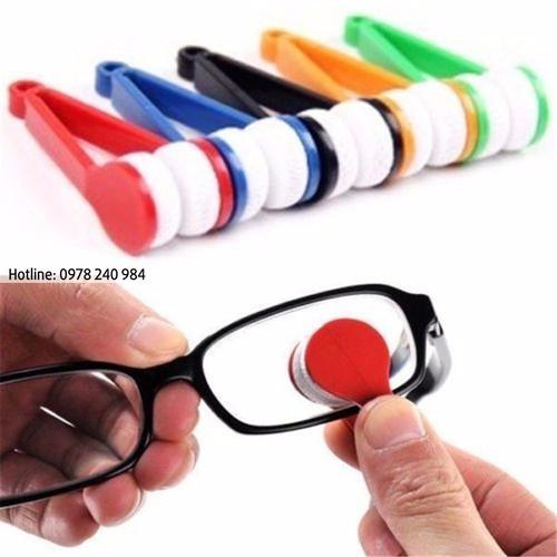 Dụng cụ lau mắt kính