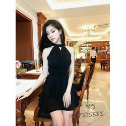 Đầm xòe cổ yếm cực xinh