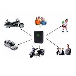 thiết bị định vị GPS mini A8 cho xe ô tô, xe máy bằng sim