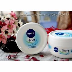 Kem dưỡng ẩm cho mặt và toàn thân Nivea Soft