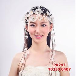 Dây hoa voan cài tóc cô dâu xinh xinh
