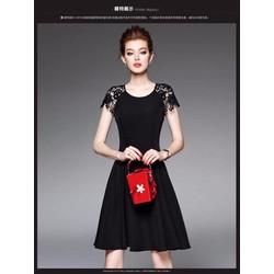 Đầm xòe đen phối ren