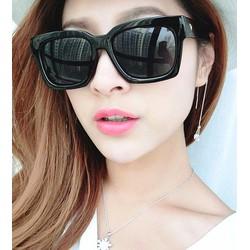 Kính chữ V nữ Hàn Quốc phong cách unisex hot nhất hiện nay - K315E