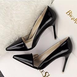 Giày cao gót bít mũi phối mê ca loại I