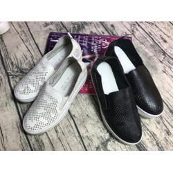 Giày slip on giá rẻ