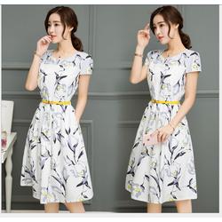 Đầm Xòe Hoa Lá Xinh