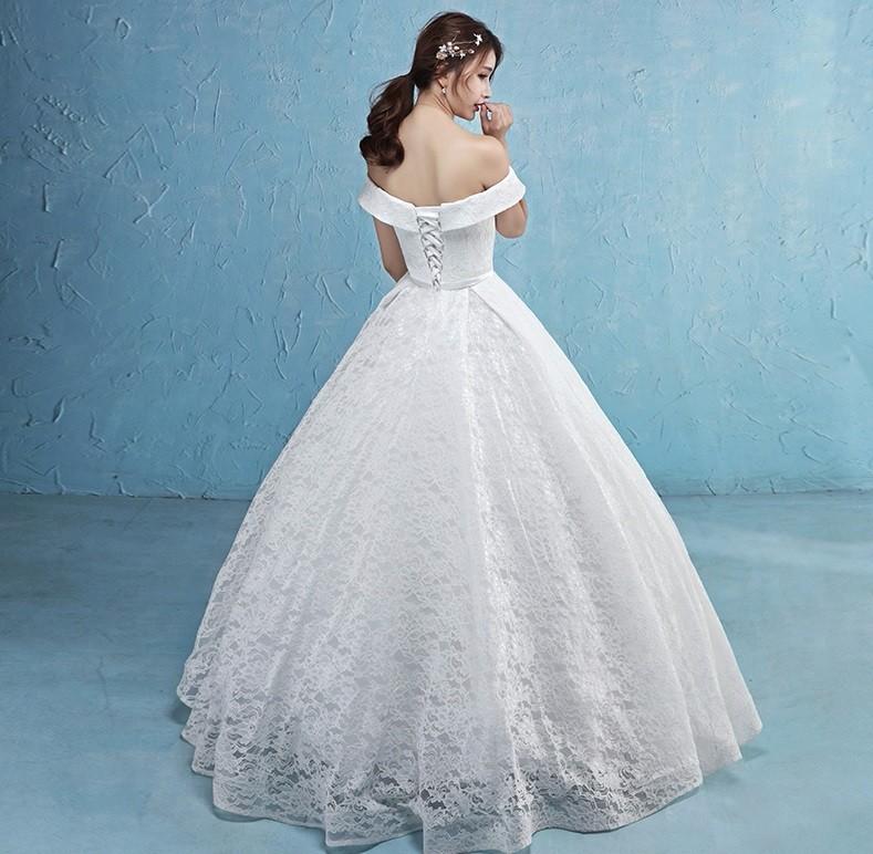 áo cưới xoè vai ngang, có nơ eo cung cấp sỉ lẻ áo cưới toàn quốc 4