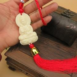 Tượng Phật cầu bình an cho gia chủ treo trên xe hơi hoặc đầu giường